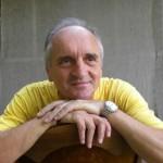 David  KECMAN DAKO: SKOK   I Z   MESTA (O smisaonosti putovanja)